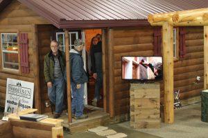 Show Photo – Log & Timber Frame Building